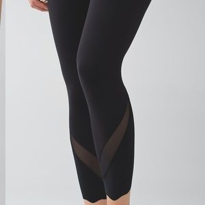 Lululemon Wunder Under High Waisted Legging Size 2